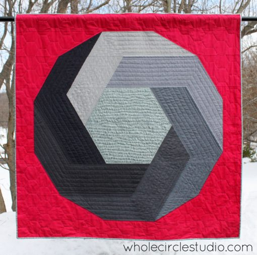 Aperture quilt by Sheri Cifaldi-Morrill | www.wholecirclestudio.com Perfect gift for a photographer or photography enthusiast.