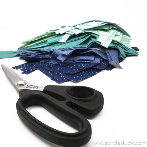 Cut your fabric accurately by using sharp fabric scissors or a 28mm rotary cutter.