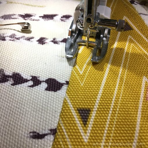 Quilting my reversible table runner, made with Art Gallery Fabrics canvas and quilted on my Janome 6700P